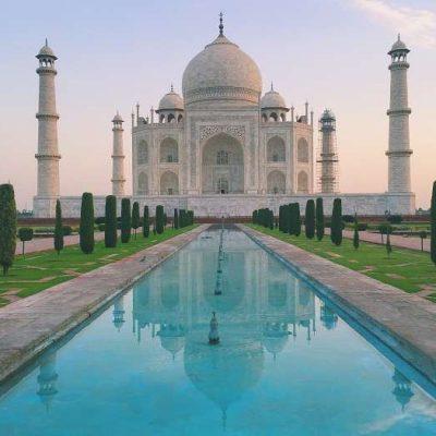 Taj mahal (Agra U.P)