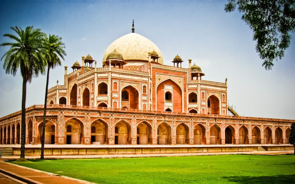 Humayun's Tomb, Delhi (हूमायू का तोम्ब दिल्ली का खूबसुरत स्थल )