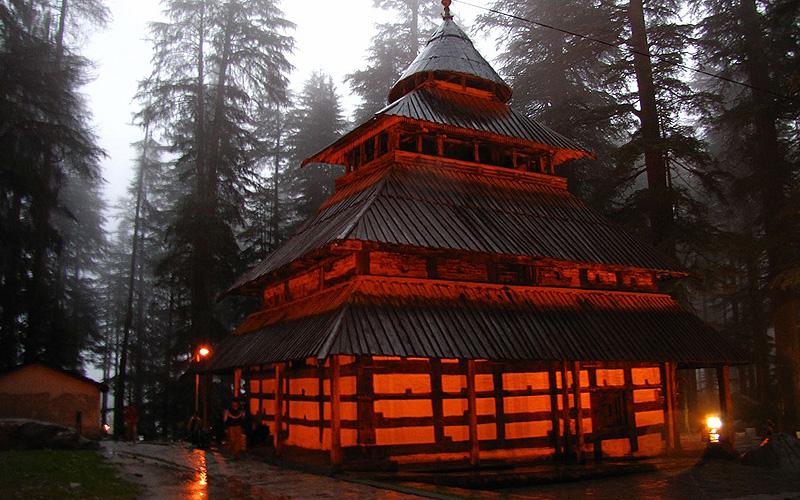 Hadimba temple (हडिम्बा देवी का मन्दिर मनाली )