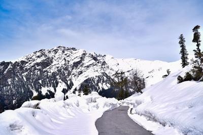 Rohtang Pass (रोहतांग पास ,कुल्लू मनाली)