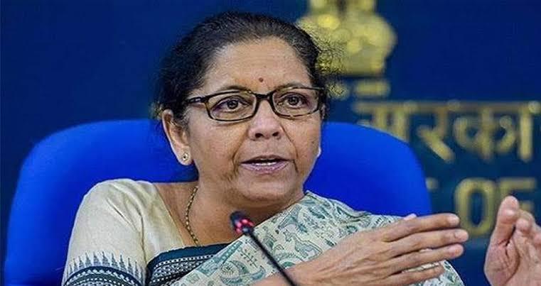 PM ने अर्थव्यवस्था को पटरी पर लाने के लिए किया ऐलान ,जानें-कहा खर्च होगा 20 लाख करोड़ का आर्थिक पैकेज